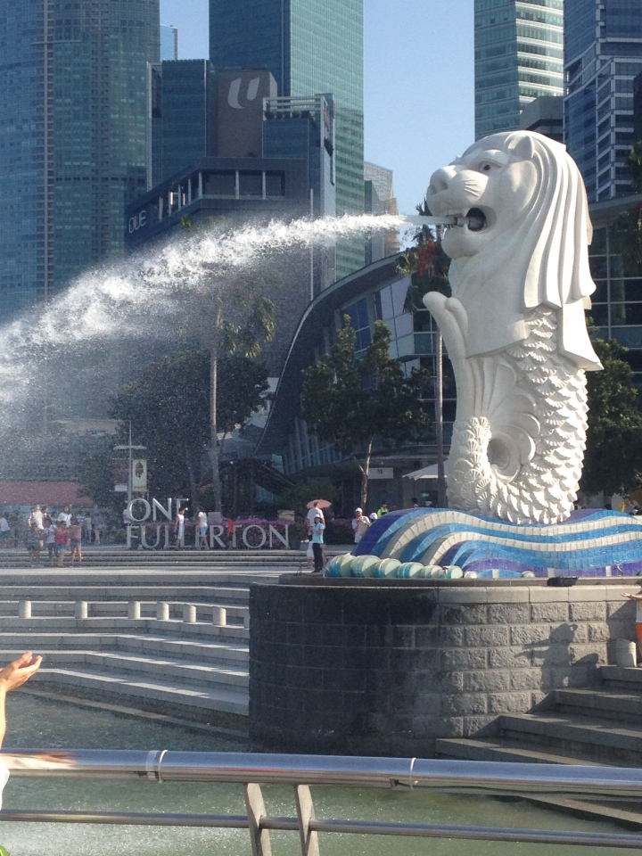 Le Merlion, symbole de la ville.  KillianTB© 2014
