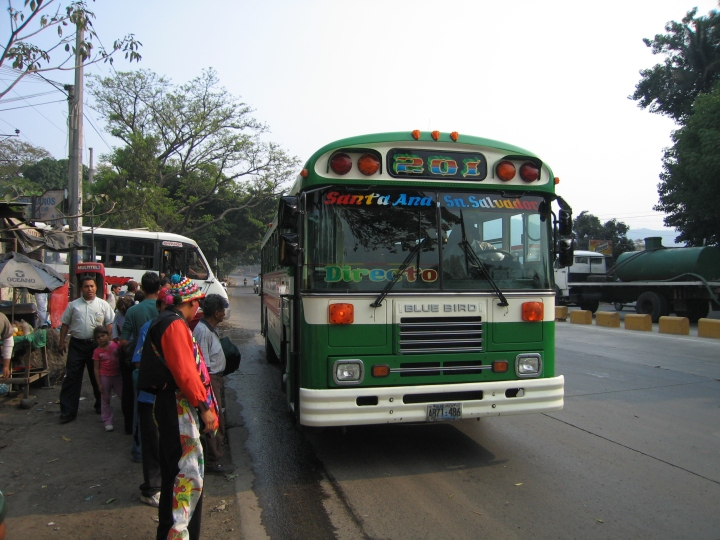El-Salvador-Bus